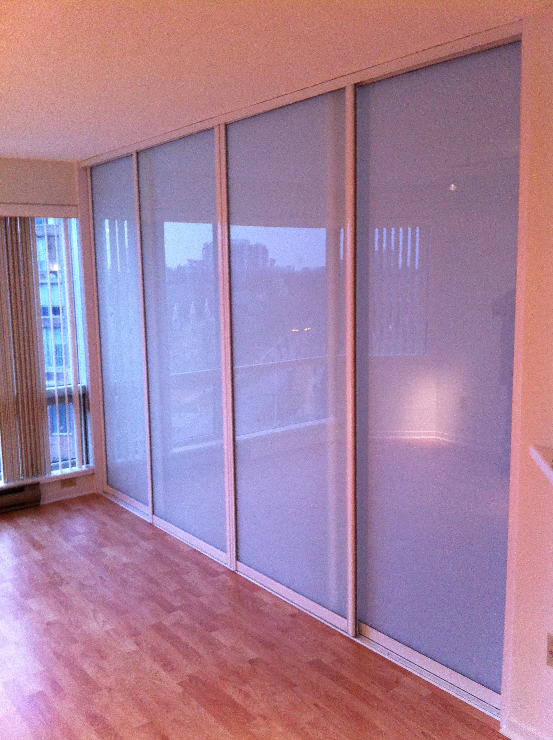 Good 8 Ft X 11 Ft Clean Finished Room Divider